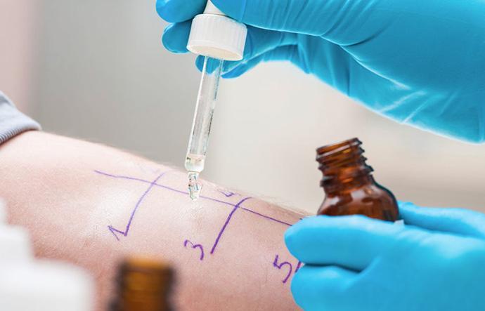 policlinica-sekhmet-granada-tratamiento-fisioterapia-especialidades-principal-alergologia